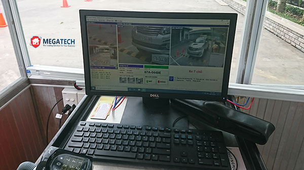 Máy tính kiểm soát