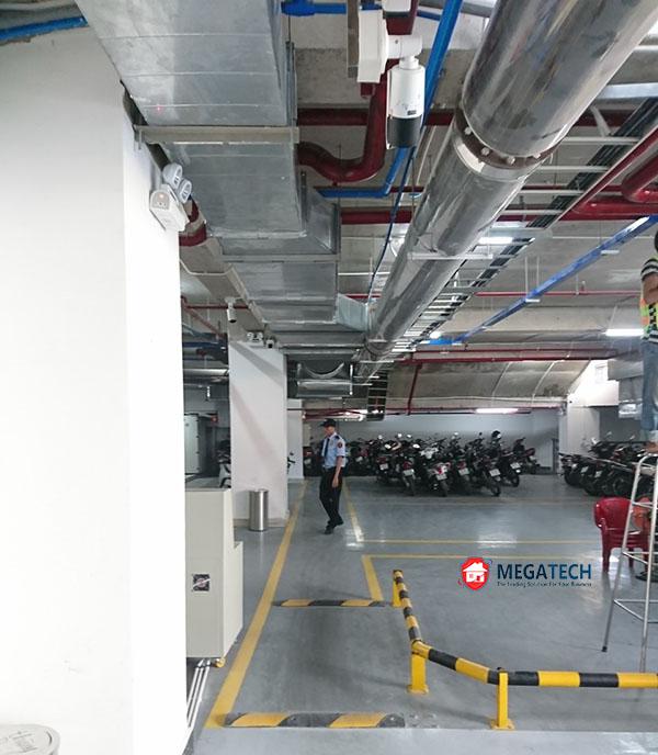 Khu vực tầng hầm đậu xe của tòa nhà