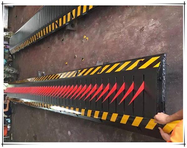 Kiểm soát phương tiện bảo mật hơn với Tyre Killer Barrier