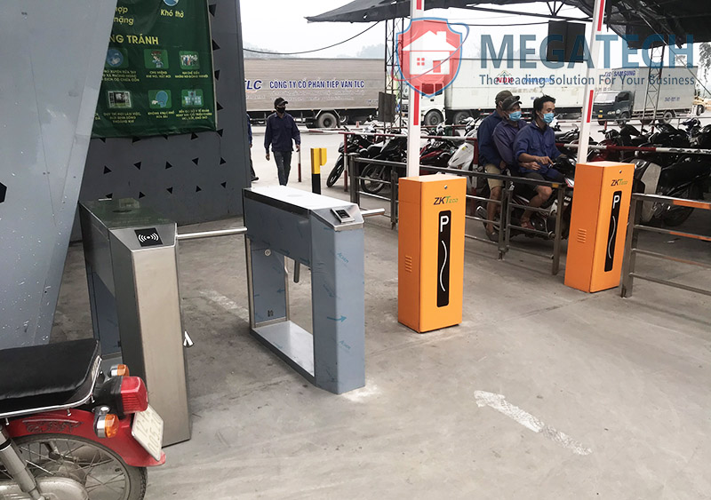 Triển khai hệ thống kiểm soát ra vào tại cửa cửa khẩu Hữu Nghị